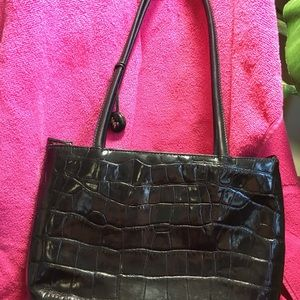 Monsac handbag in black